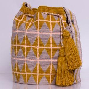 b5f55bda22 Susu accessories Susu accessories's Closet (@susuaccessories) | Poshmark